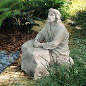 Gartenfiguren aus Kunststoff